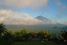 bali club's power spot trekking
